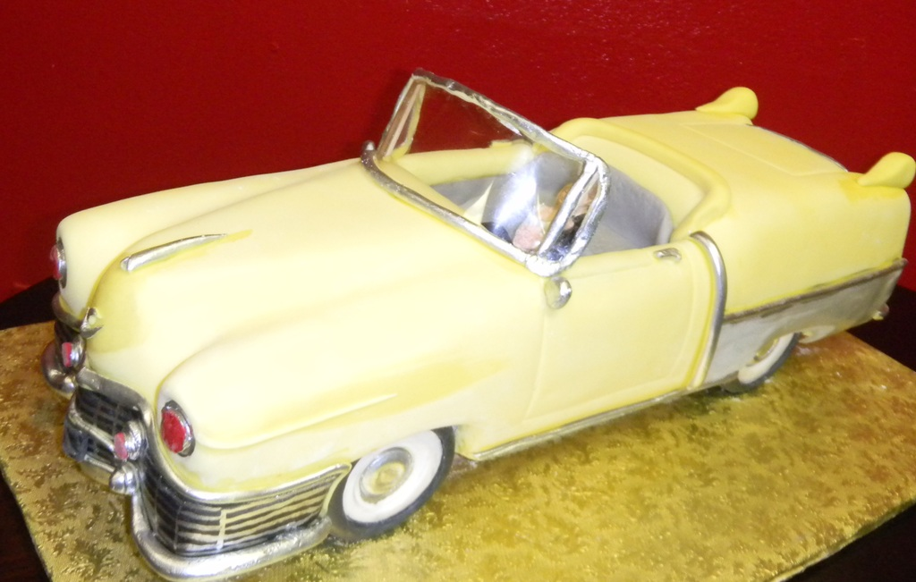 50s Convertible – Groom\'s Cake #403 – Wedding Cakes | Fresh Bakery ...