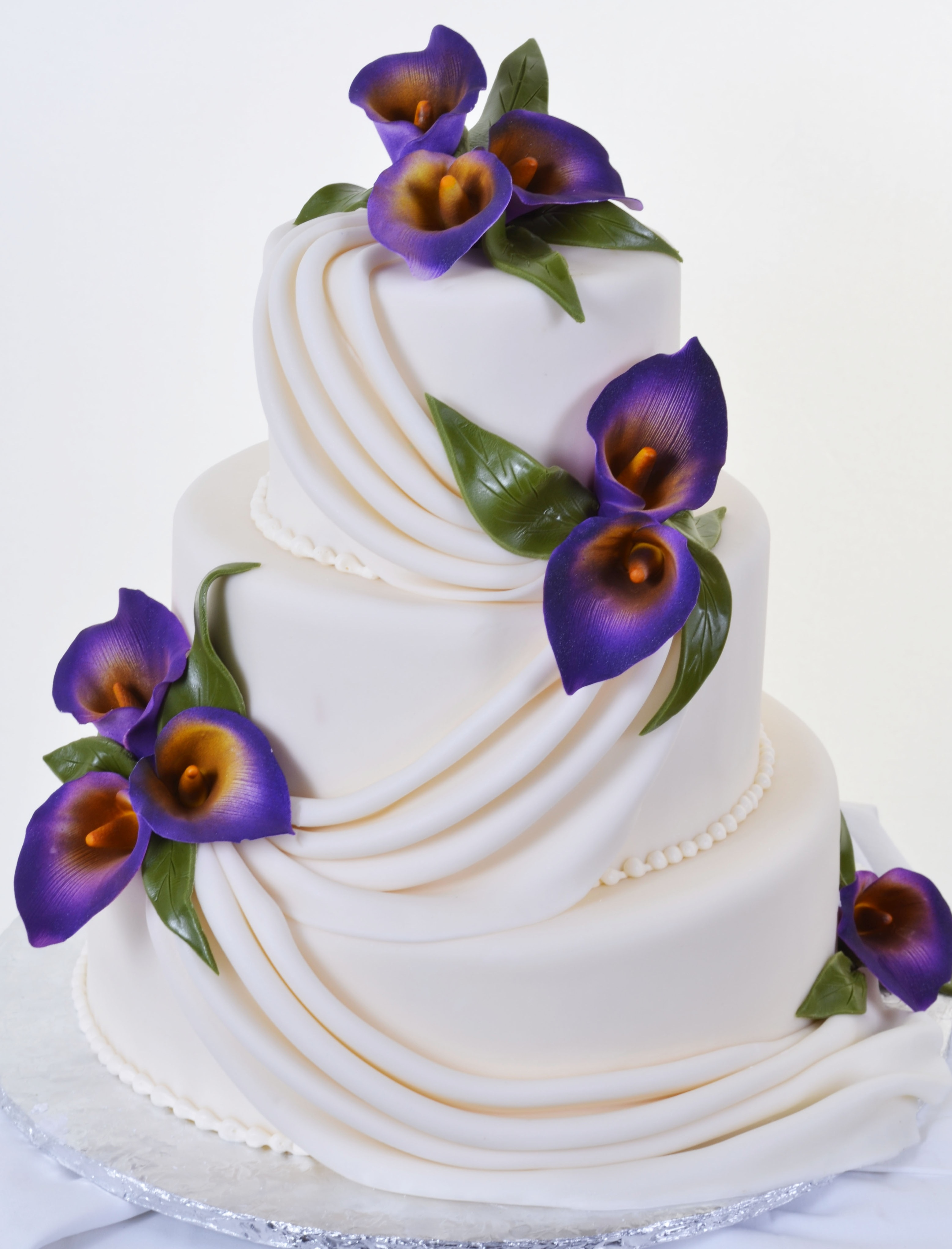Pastry Palace Las Vegas - Wedding Cake 586 - Swags & Lilies