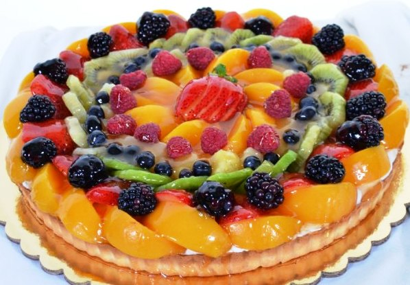 Berries And Cream Cake Porto S