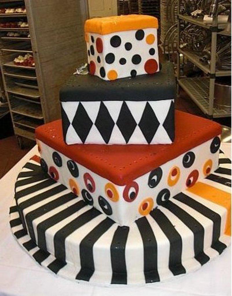 Pastry Palace Las Vegas - Wedding Cake 302 - Eye Candy