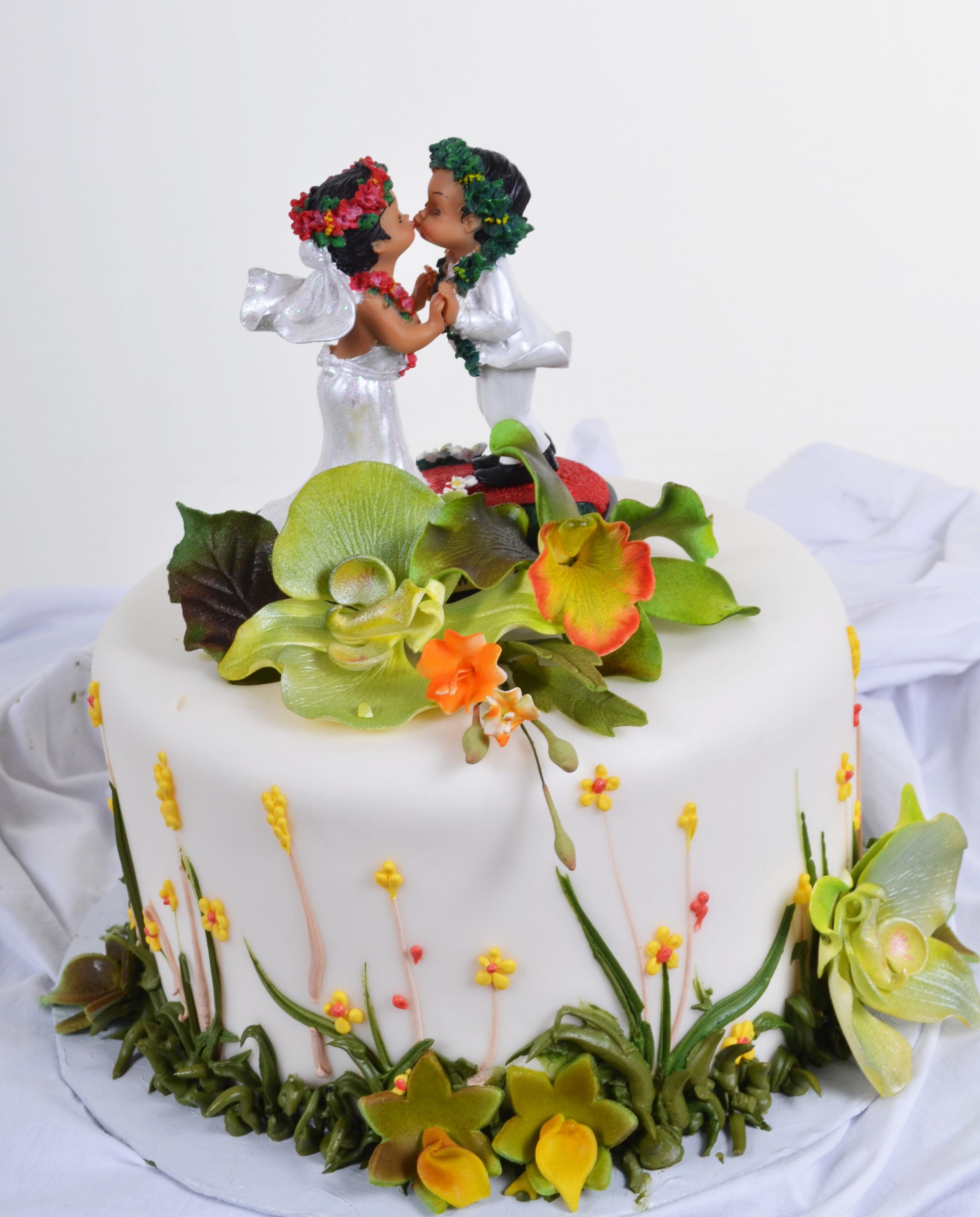 Pastry Palace Las Vegas - Wedding Cake #580 - Hawaiian Greens