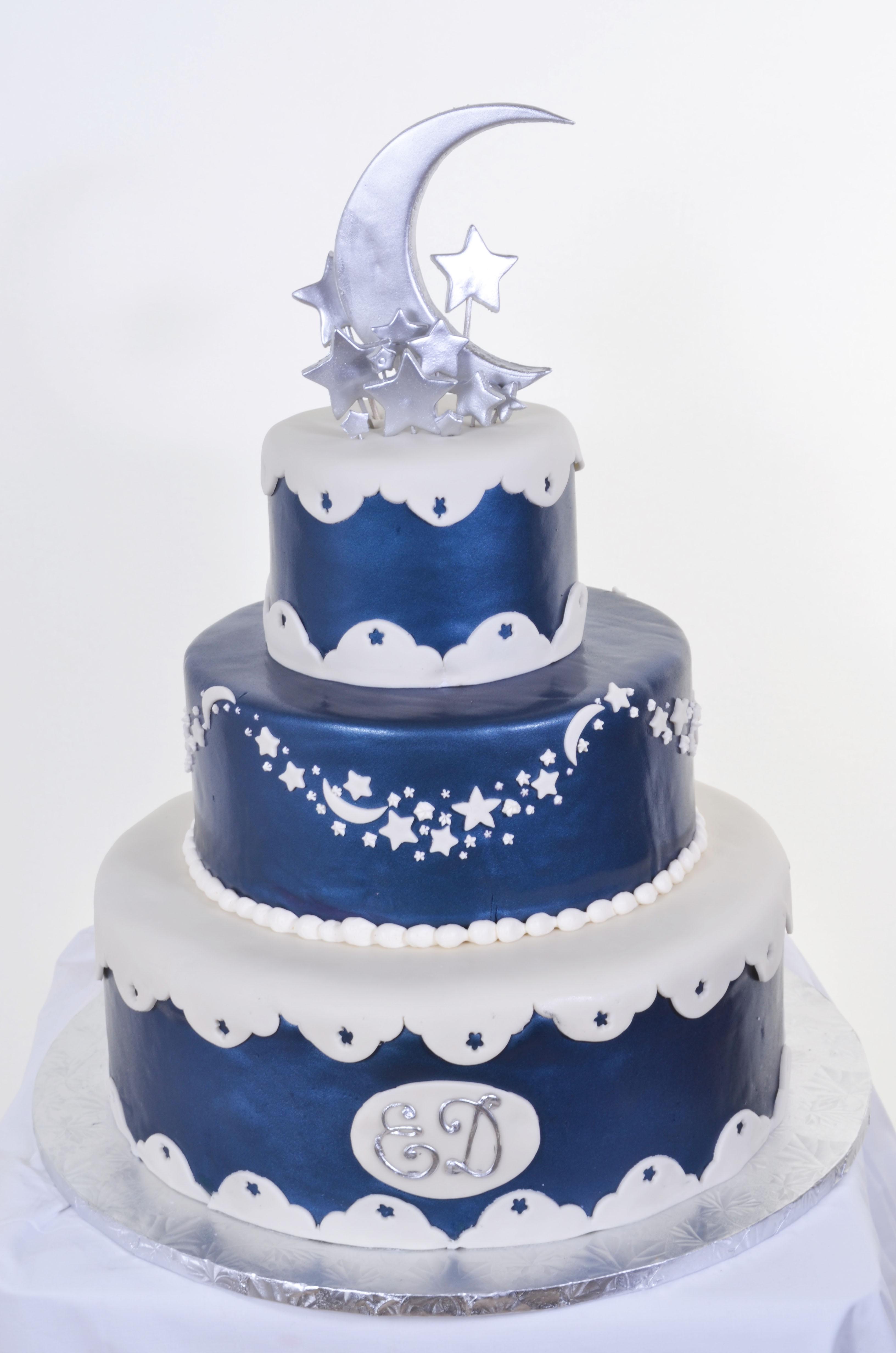 Pastry Palace Las Vegas - Wedding Cake #590 - Moon & Stars