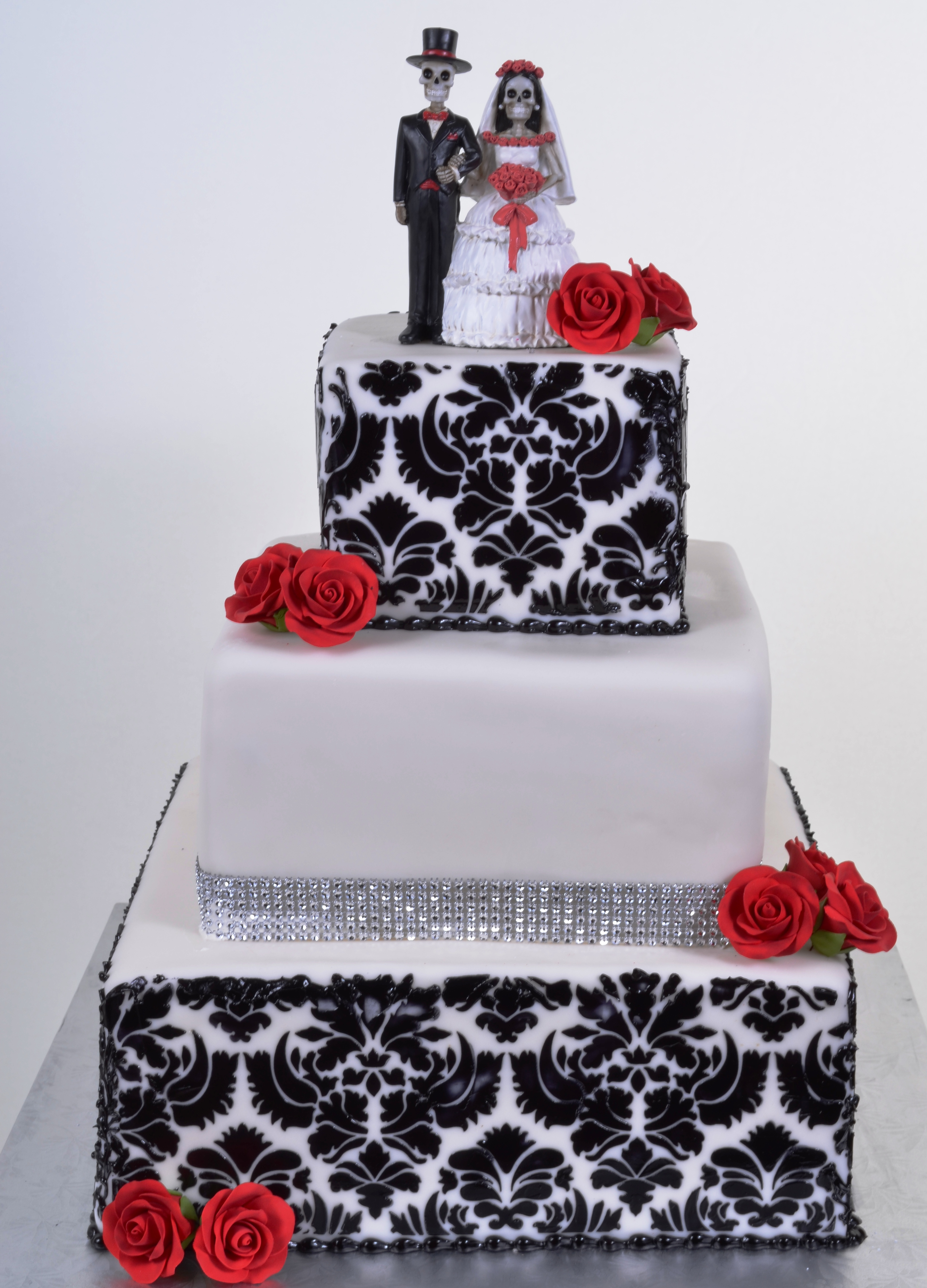 Pastry Palace Las Vegas - Cake #598 - Black and White Damask with Red