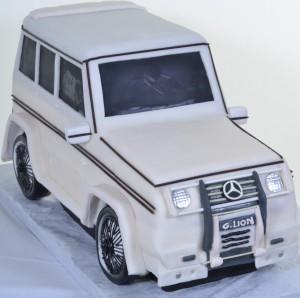 Mercedes SUV - Cake #741