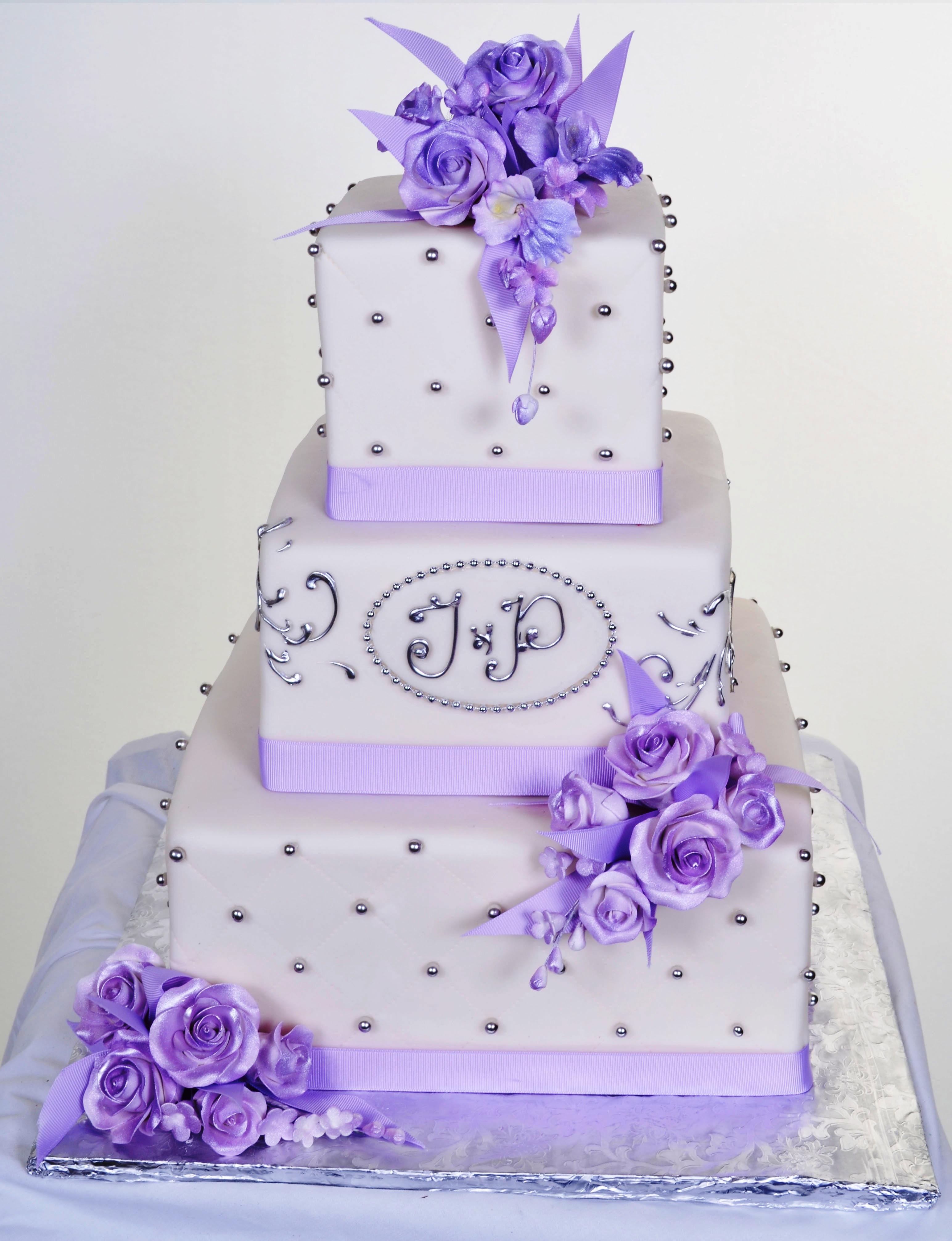 Pastry Palace Las Vegas Wedding Cake 792 - Rosy Tufts