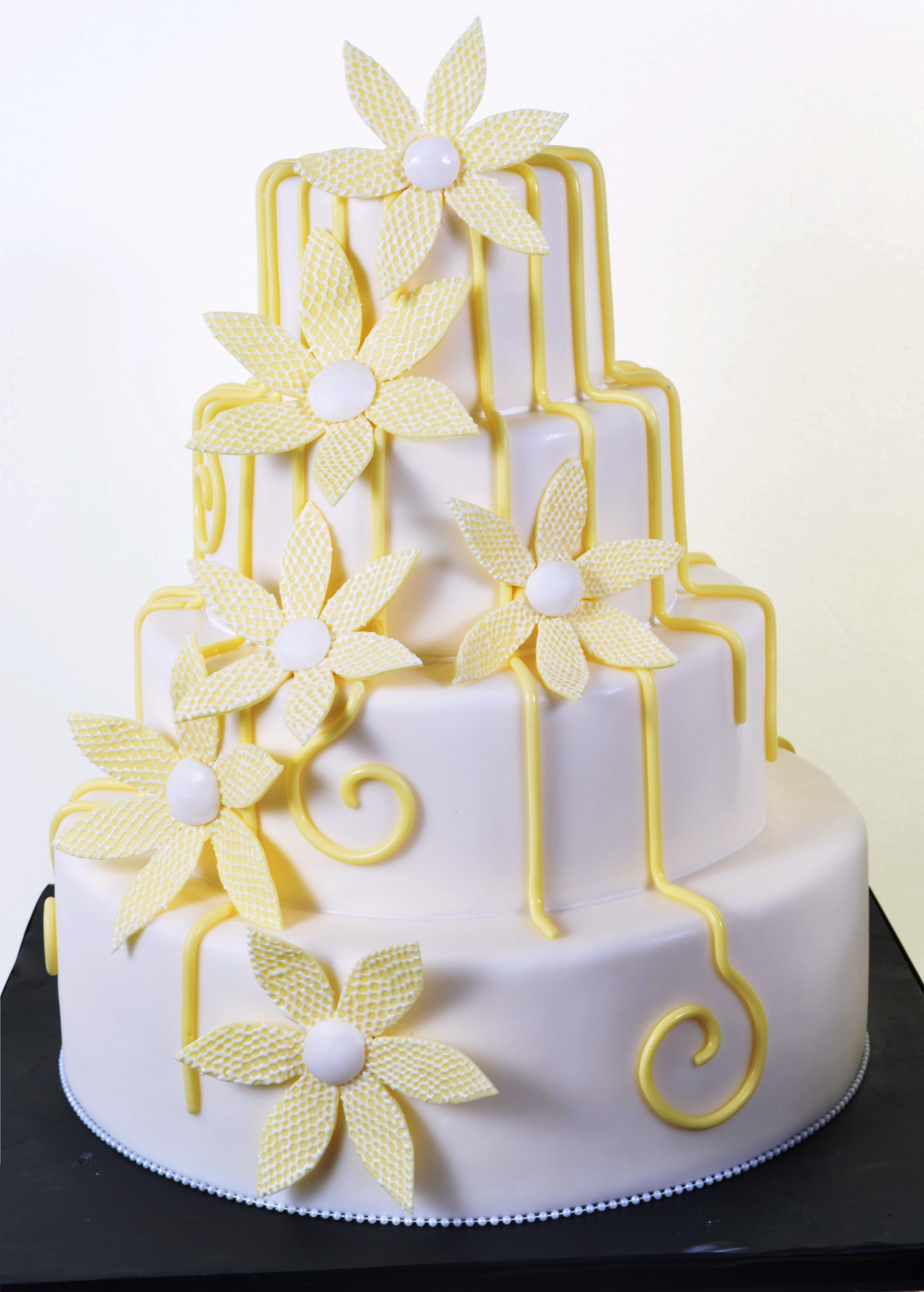 Pastry Palace Las Vegas - Wedding Cake 909 - Bloomin' Modern
