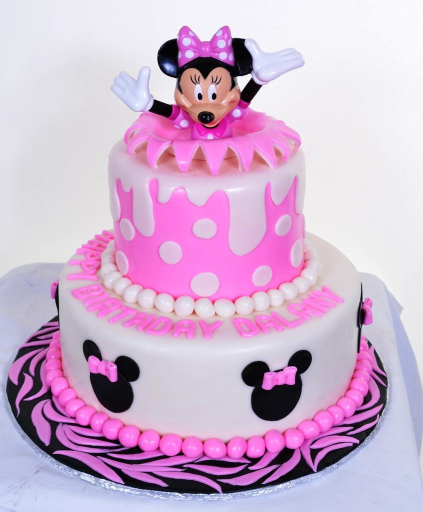 Pastry Palace Las Vegas - Cake 842 - Everything's Popping Up Minnie!