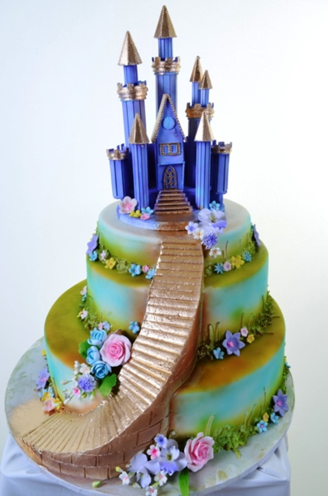 954 Baby Boys Castle Wedding Cakes