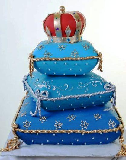 Pastry Palace Las Vegas - Wedding Cake 1038 - Royal Pillows