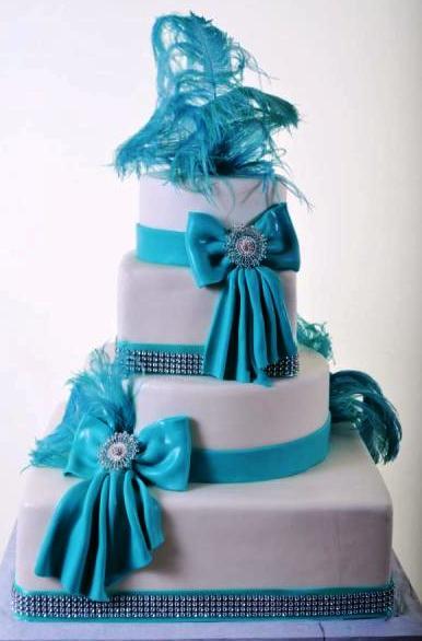 Pastry Palace Las Vegas Wedding Cake 1048-Sparkling Feathers & Bows