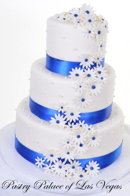 Pastry Palace Las Vegas - Wedding Cake 1092 - Daisies & Pearls in Blue