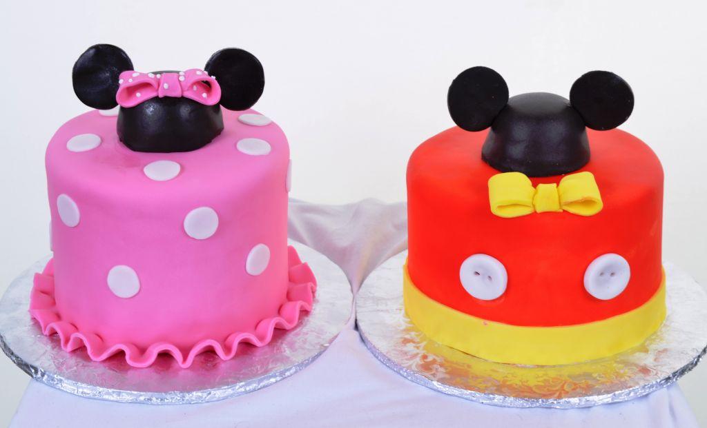 Mickey & Minnie Cake 612