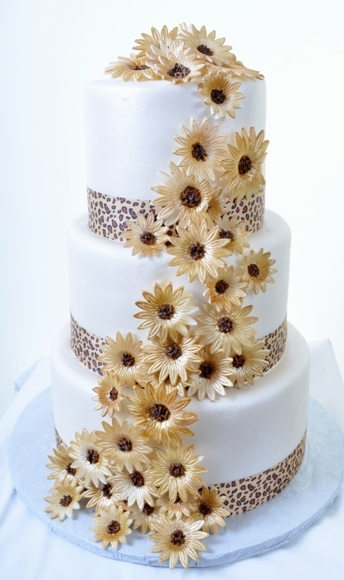 Pastry Palace Las Vegas - Wedding Cake #1265 - Golden Daisies