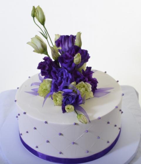 Pastry Palace Las Vegas - Cake 1326 - Elegant Purple Bouquet