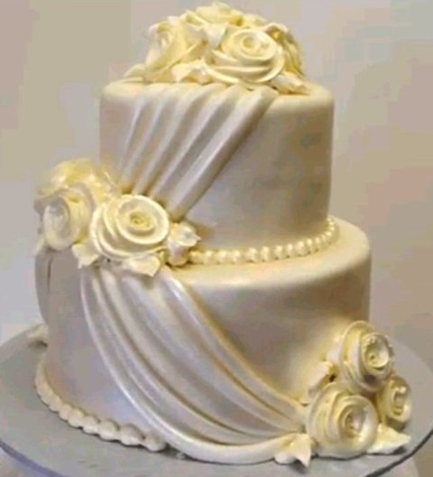 Pastry Palace Las Vegas - Cake 1350 - Pearlescent Swags