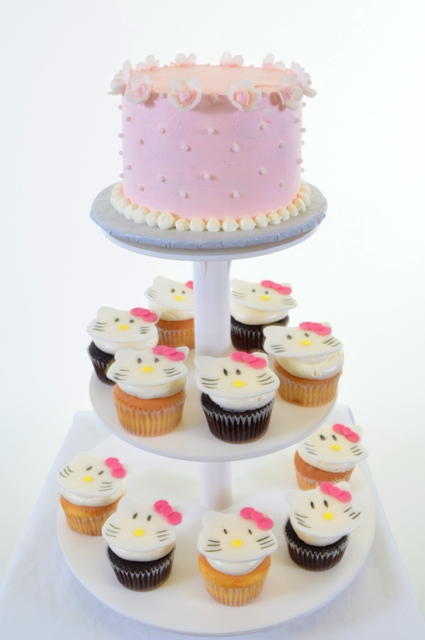 Pastry Palace Las Vegas #1414 - Hello Kitty-ettes