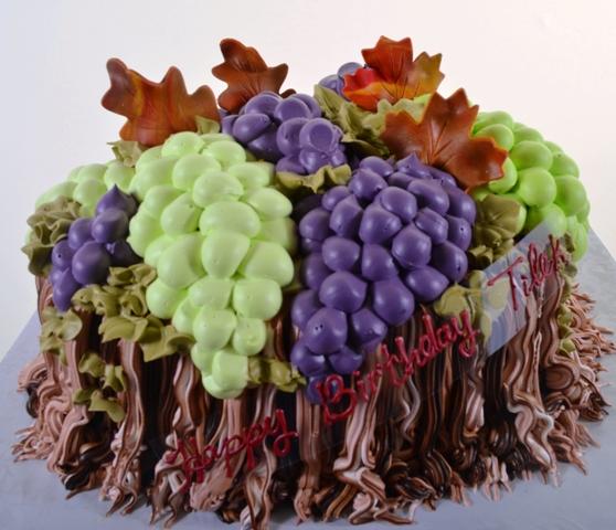 1469 The Vineyard Wedding Cakes