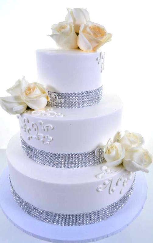 Pastry Palace Las Vegas Cake #1513 - Glittering Tower in White