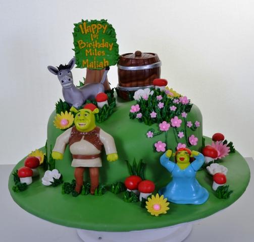 Pastry Palace Las Vegas Kids Cake #1622 - Shrek!